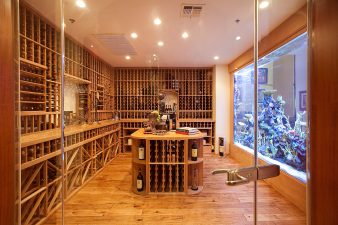 Traditional Las Vegas Wine Room and Aquiarium – 2010