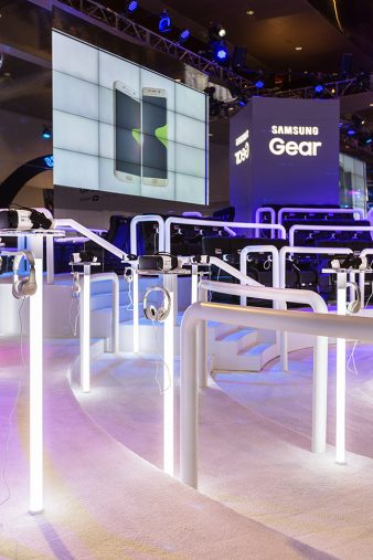 CES2016 Samsung Gear Exhibit