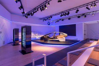 CES2017 BMW
