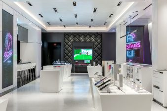 TMobile Store on Las Vegas Boulevard