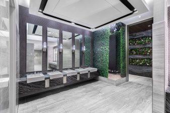 Casesars Forum – Restroom